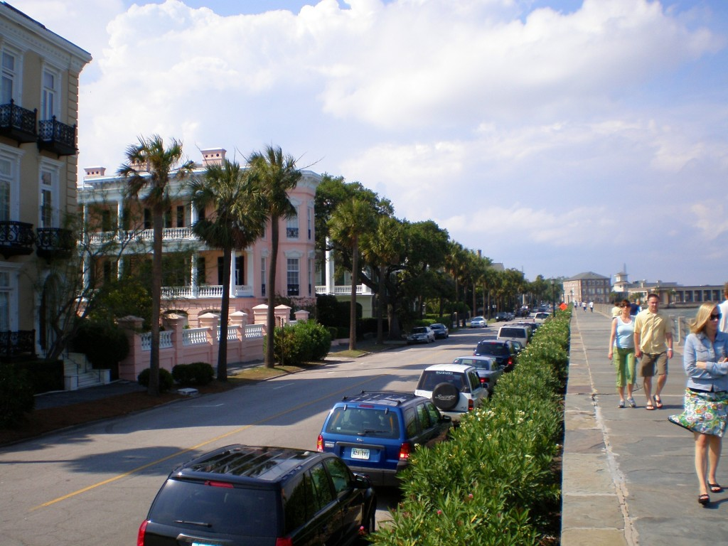 the battery, the promenade in charleston