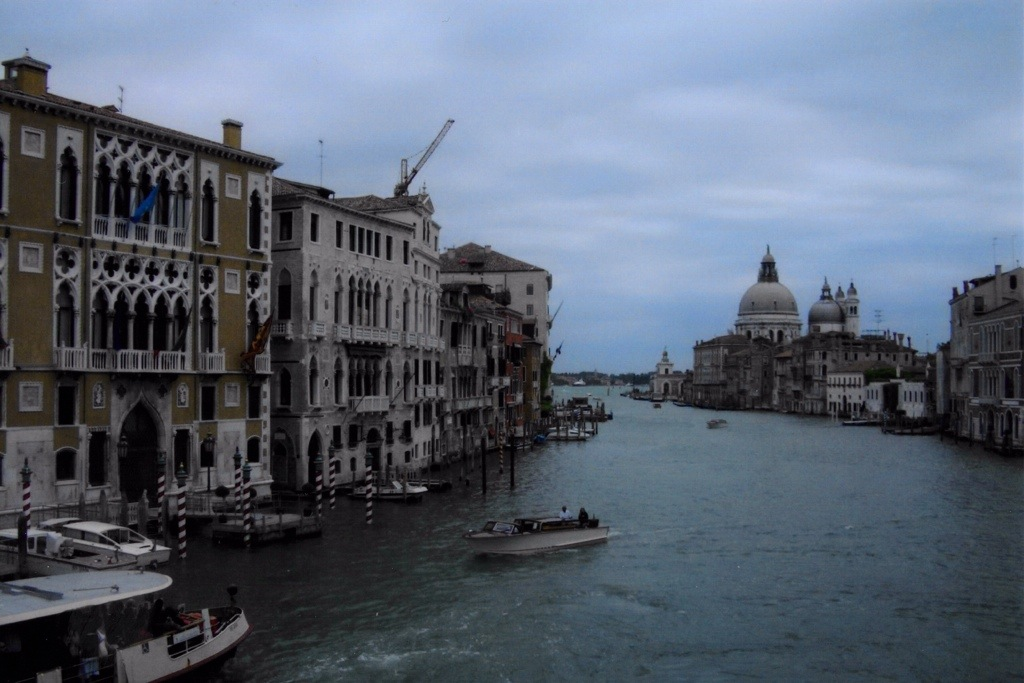 the grand canal on a cloudy day
