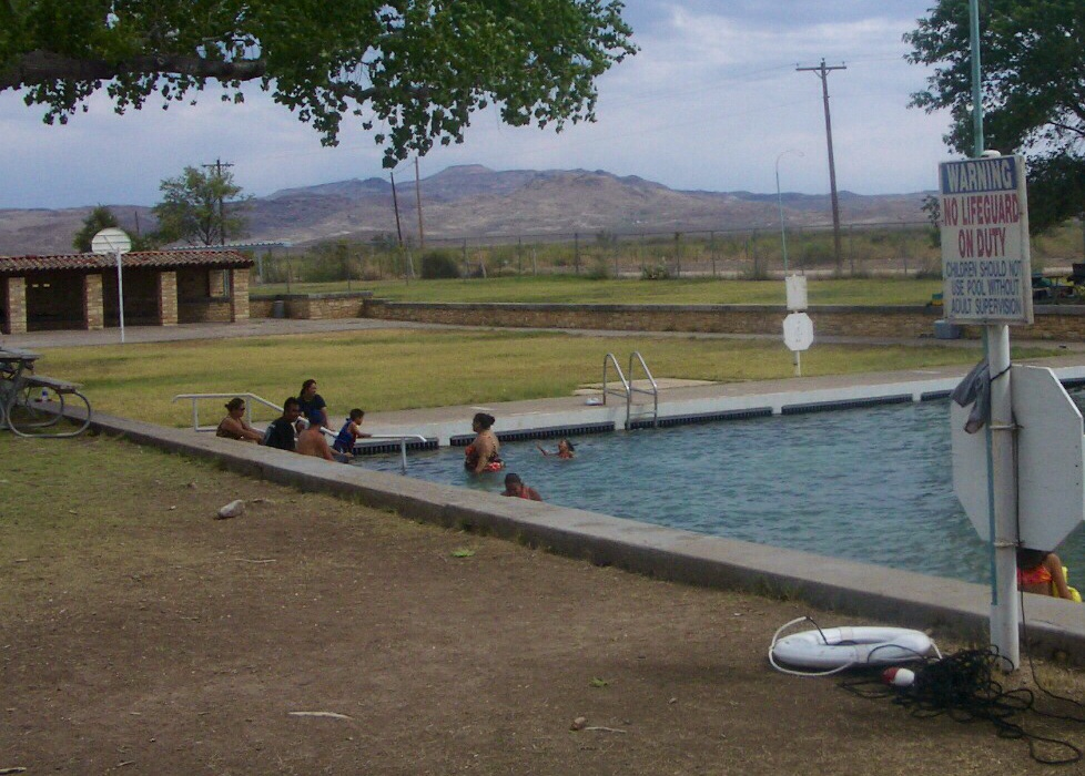 mountains in the background at balmorhea springs