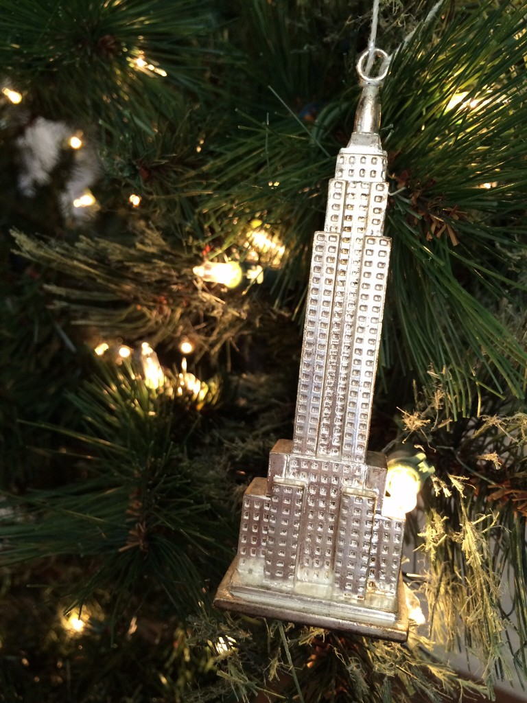ok, the truth is that my grandma gave me this ornament. but it's one of my favorites because new york is one of my favorites, so it makes the post.