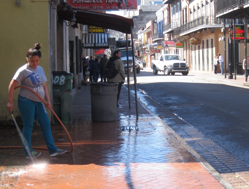 the daily french quarter clean-up