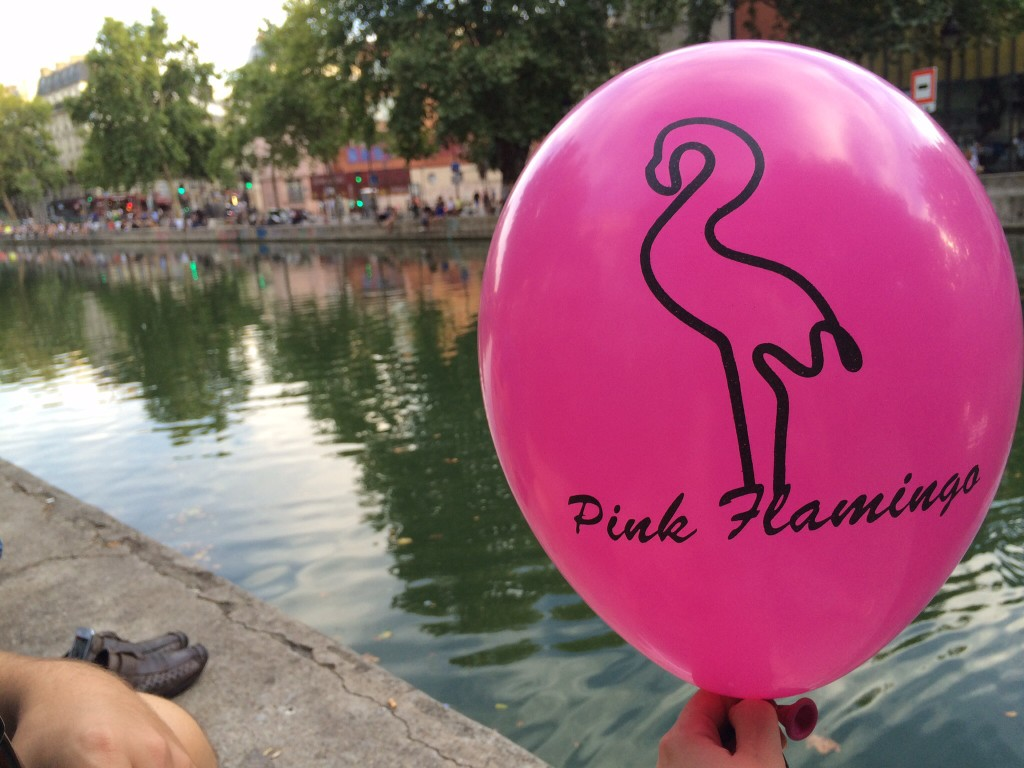 waiting for our pizza from pink flamingo while enjoying the warm summer parisian nights.